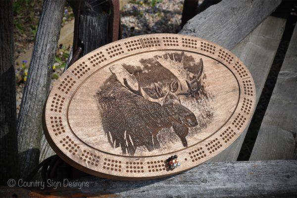moose-engraved-cribbage-board